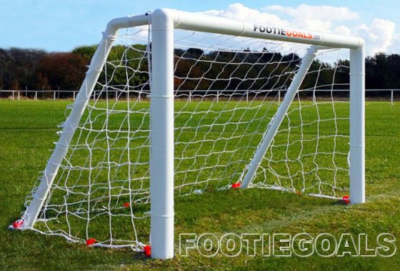 Garden Football Goals 4×3 Grass Surface
