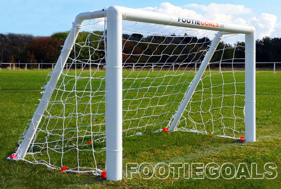 Garden Football Goals 4x3 Grass Surface Footie goals